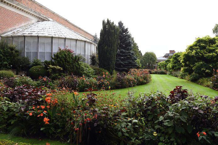 De Kruidtuin bestaat al 200 jaar en heeft zelfs een bijdrage geleverd aan de wetenschap.