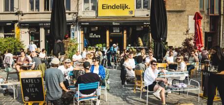 """Schepencollege past voor extra terrasverwarmers in Gentse horeca: """"Naast de coronacrisis bestaat er ook zoiets als de klimaatcrisis"""""""