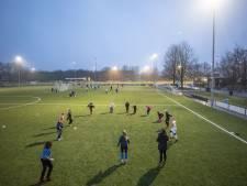 Amateurvoetbal in coronatijd: 'Een pubquiz is leuk, maar gaat ook een keer vervelen'
