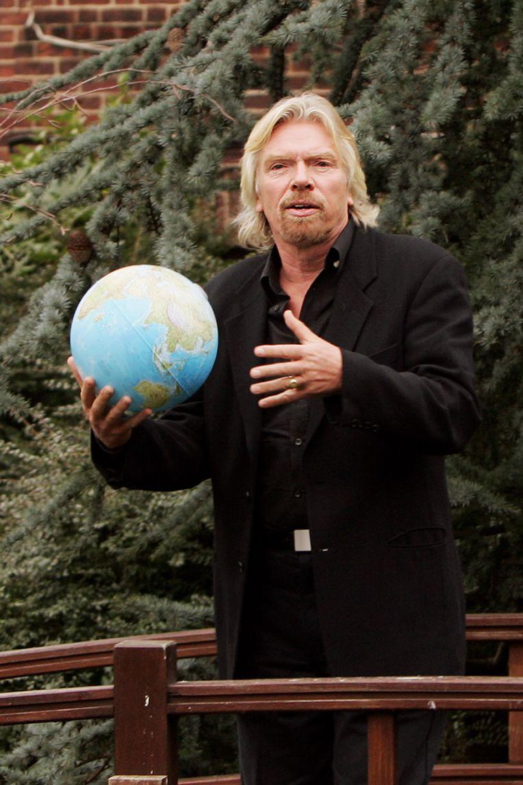 Richard Branson bij de presentatie van de Virgin Earth Challenge in Londen, februari 2007. In december 2019 verscheen online een mededeling dat de wedstrijd is opgeheven.  Beeld Getty Images