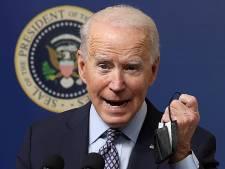 """Les États-Unis """"en avance de plusieurs semaines"""" sur le programme de vaccination, selon Biden"""