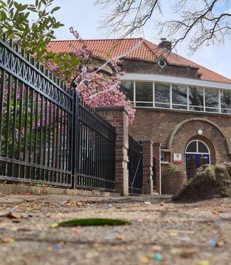 Rector Canisius College zet beveiligers voor de school en stuit op stomdronken leerling: 'Een examenstunt kan nu echt niet'