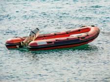 Hulpdiensten rukken uit voor ronddobberend rubberbootje in Bergen op Zoom, geen persoon aangetroffen