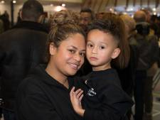 Opheusdense moeder en zoon halen met benefiet ruim 11.000 euro op voor de Molukken