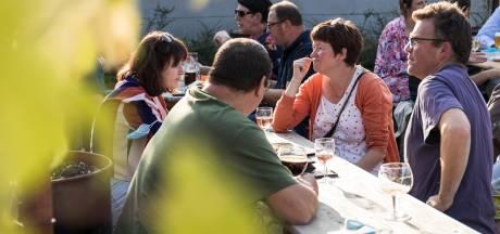 Lokaalmarkt en hotelschool Ter Groene Poorte slaan handen in elkaar en pakken uit met terras