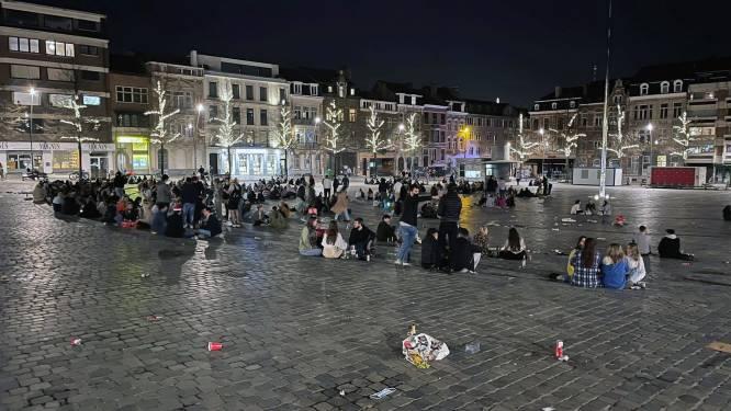 """Leuven steekt tandje bij voor propere pleinen en parken: """"Voor het eerst worden populaire plekken ook 's nachts en in het weekend opgeruimd"""""""