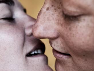 Je mag vrijen zonder condoom: 6 feiten en fabels over het hiv-virus op een rij