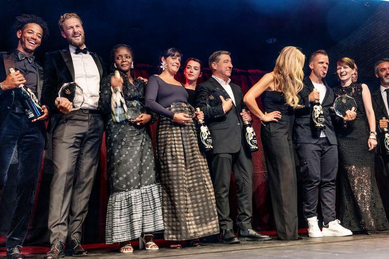 De winnaars op het podium van Het Sieraad. Beeld Jean-Pierre Jans