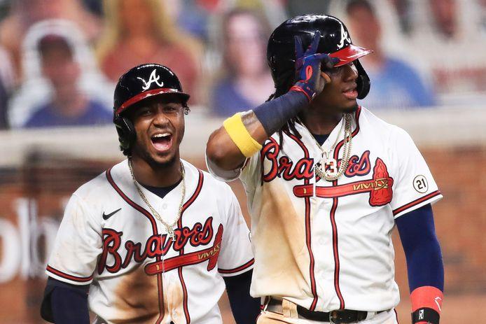 Ozzie Albies (l) en Ronald Acuna Jr. hebben alle reden tot lachen.
