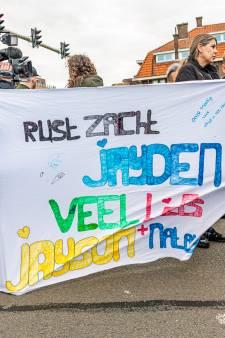 Honderden mensen lopen mee met indrukwekkende stille tocht voor verongelukte Jayden (12)
