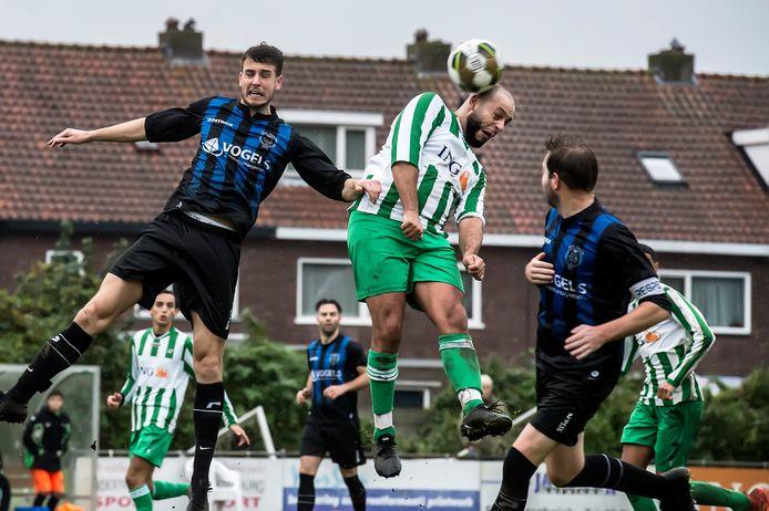 Groen Wit wordt ook volgend seizoen gecoacht door Martijn van Galen. (archieffoto)