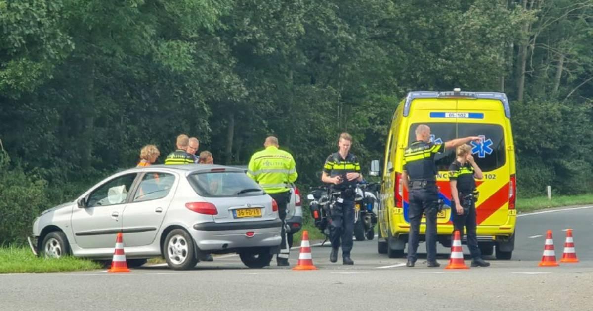Ongeluk op A35 bij Hengelo-Zuid: verkeer omgeleid.