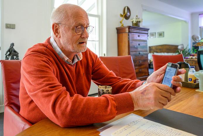 Deelnemer Jos Schilleman (73) is blij met de tips via de app. ,,Het zorgt constant voor nieuwe ingevingen.''