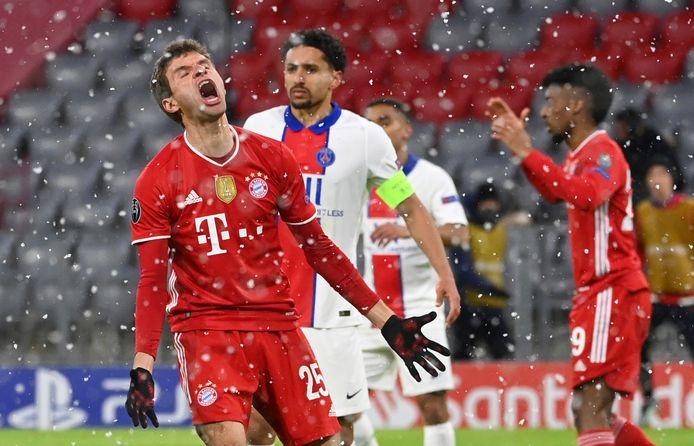 Thomas Müller weet het ook allemaal niet meer na wéér een gemiste kans.