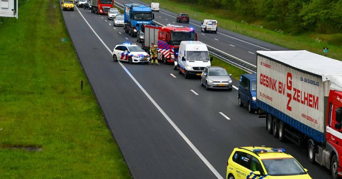 Ongeluk op A35 bij Enschede, weg weer vrijgegeven.
