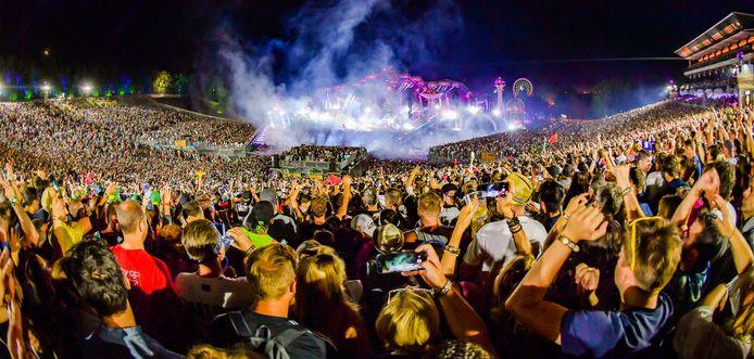 25 juli 2019. Voorlopig de laatste keer dat De Schorre in Boom vol liep voor Tomorrowland.
