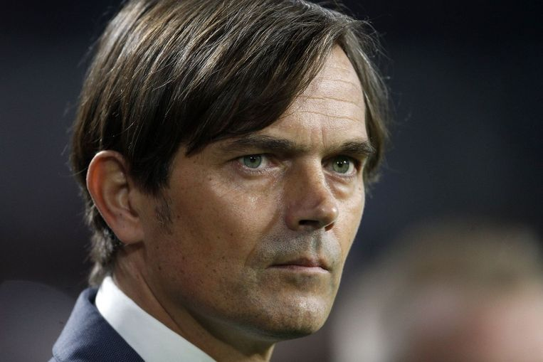 PSV-coach Phillip Cocu. Beeld photo_news