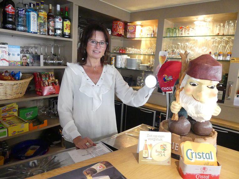 Tessa Leys in café De Vischmijn.