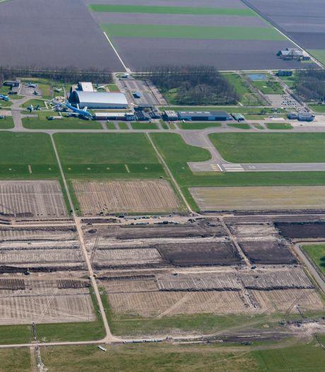 Dijksma: fouten in rapport over gevolgen Lelystad Airport