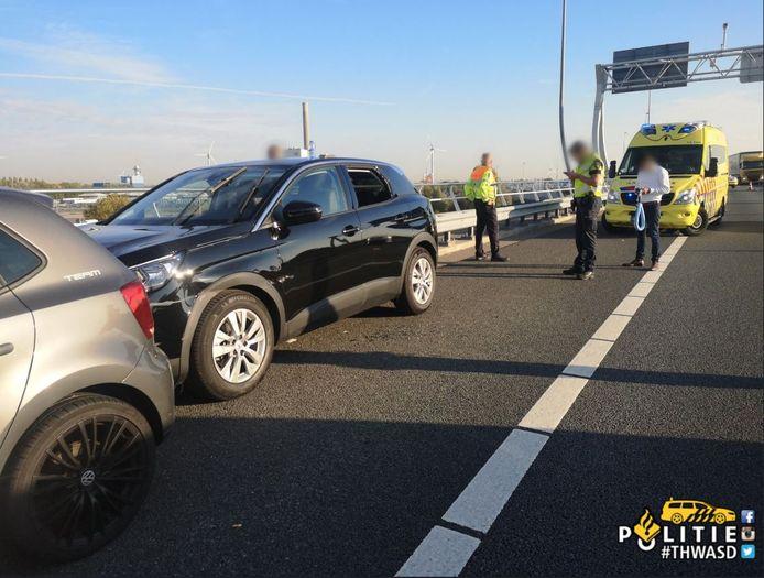De automobilisten wisten de bestuurder tot stilstand te krijgen.