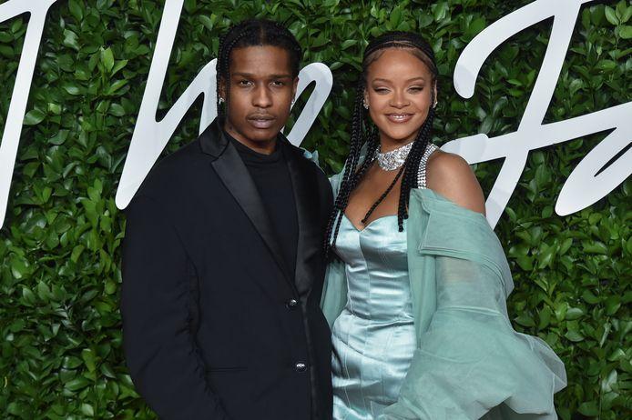 ASAP Rocky en Rihanna op de rode loper van The Fashion Awards 2019.