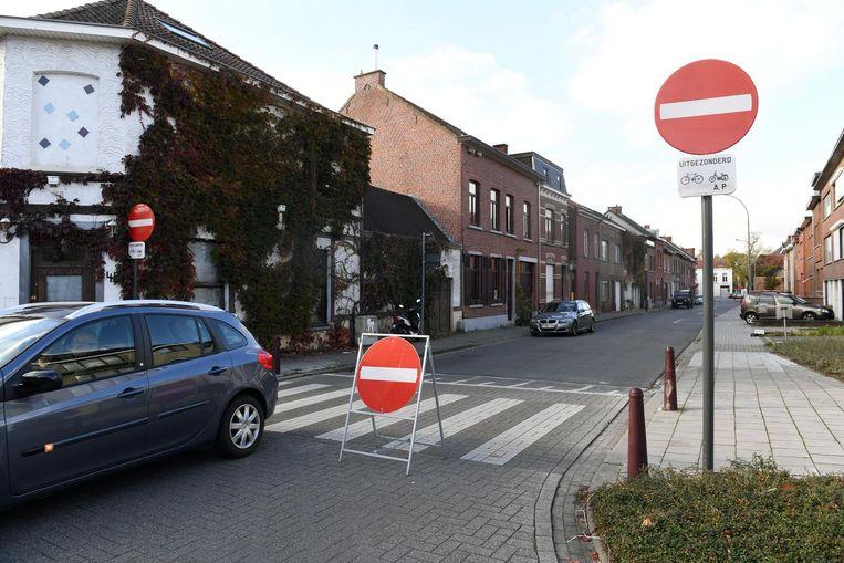 Auto's mogen niet meer in de richting van het Gemeenteplein rijden in dit deel van de Borstelsstraat.