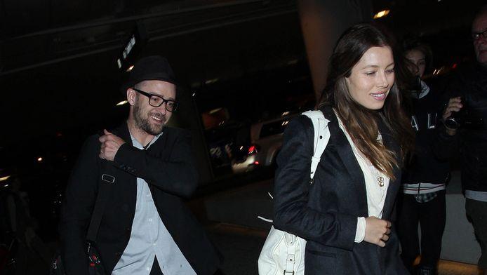 Justin Timberlake en Jessica Biel op het vliegveld in Los Angeles