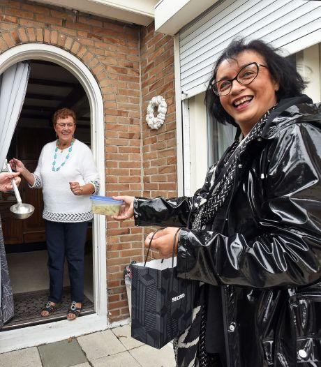 Dagopvang brengt soep aan de deur in Kloosterzande: 'Toch een beetje vertier'