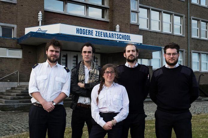 Initiatiefnemers Joachim, Grègoire, Enora, Arnoud en Arthur.