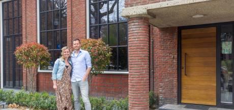 Koppel verbouwt oud Eindhovens postkantoor tot prachtwoning: 'Al zouden we het willen, die kluis kán er niet eens uit'
