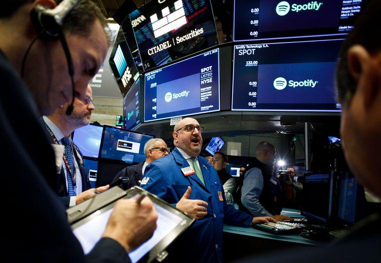 Muziekstreamer Spotify maakt een blitzstart op de beurs van New York. Beeld EPA