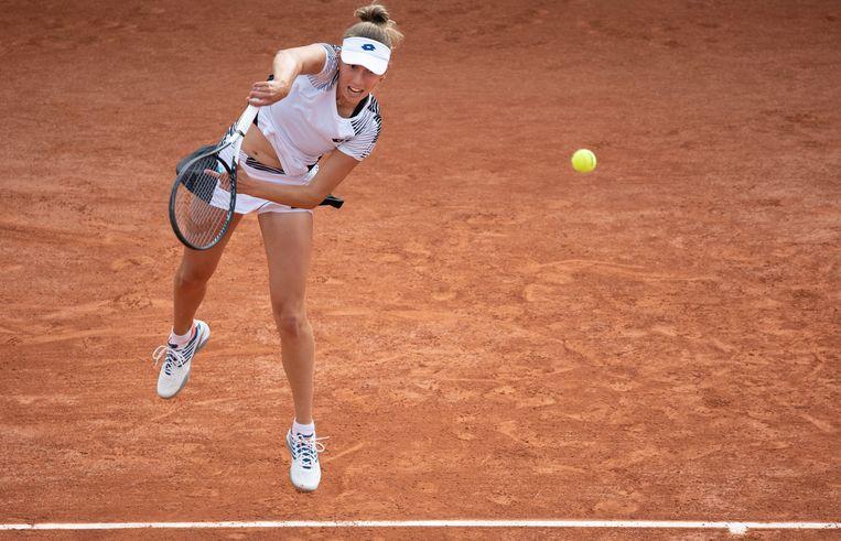 Elise Mertens mept zich naar de derde ronde van Roland Garros. Beeld BELGA