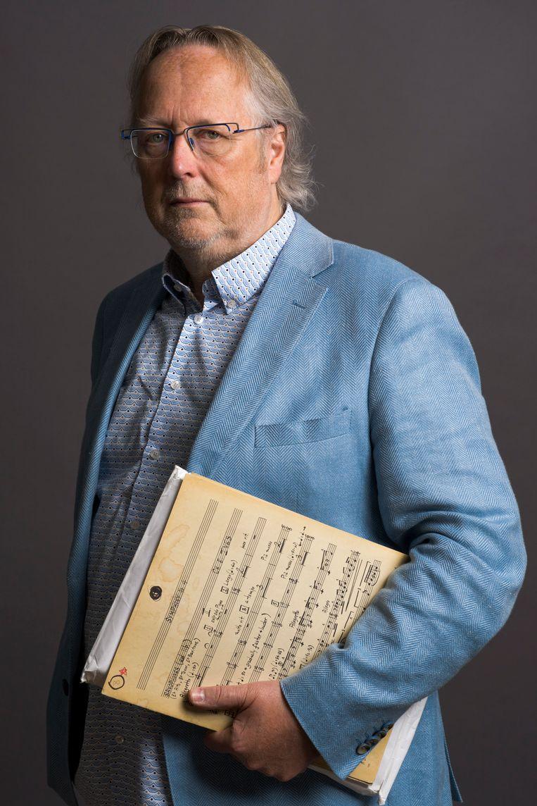 Dick Kuijs (Beverwijk, 1956) is pianist, componist en producent. Hij regisseert grote muziekproducties, onder meer voor de Wiener Philharmoniker en het Koninklijk Concertgebouworkest. Met zijn bedrijf PolyCast BV is hij verantwoordelijk voor tal van online streams vanuit het Concertgebouw, de Doelen en buitenlandse podia. Beeld Koos Breukel
