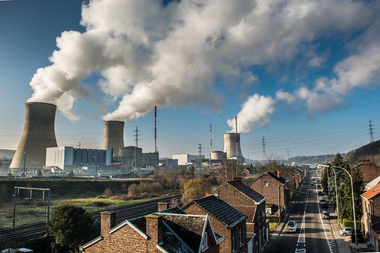 De kerncentrale van Tihange Beeld Bart Leye