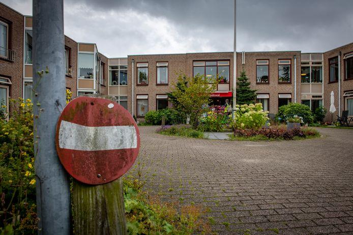 Verzorgingshuis De Beekwal in Eerbeek is zwaar getroffen door een corona-uitbraak.