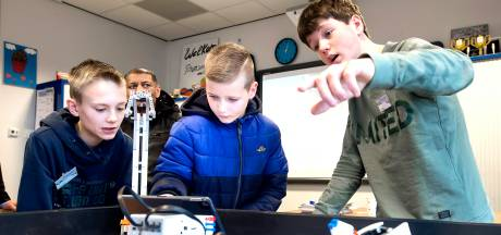 Op afstand middelbare school kiezen? Virtuele beleving moet kinderen helpen