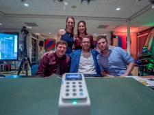 Docenten Oranje Nassau College halen bijna 15.000 euro op met eigen Glazen Huis
