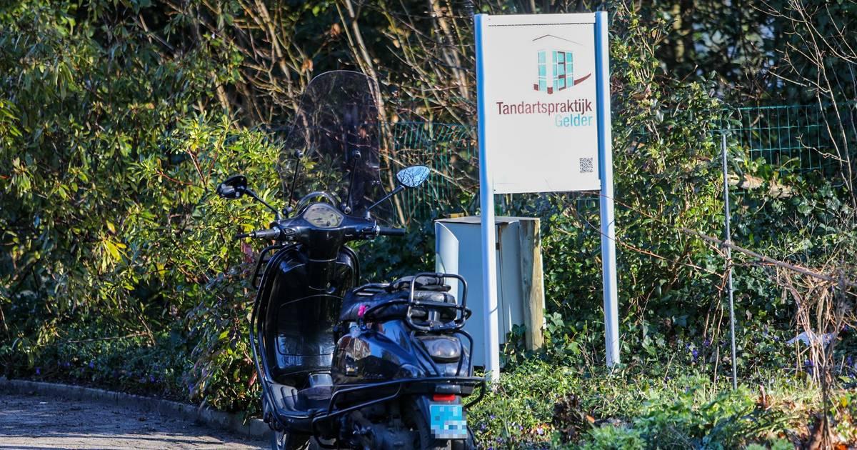 Ritje naar het ziekenhuis in plaats van bezoek aan de tandarts na ongeval in Twello.
