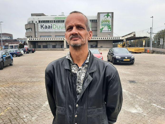 Arno Suijkerbuijk (55) vindt het gek dat er onderscheid wordt gemaakt tussen bijvoorbeeld horeca en de supermarkt.
