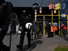Blessés, matériel saccagé... Bilan de l'invasion des fans de Charleroi au stade