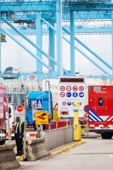 Wéér raak in de Rotterdamse haven: 14-jarige aangehouden omdat hij mogelijk drugs zocht