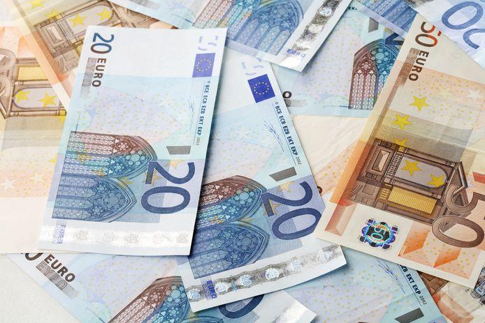 Illustratiebeeld - In het koffertje zat minstens 410 euro.