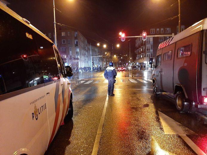 Onrust in de Molukkenstraat in Amsterdam-Oost.