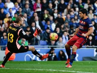 Slaperig Barça botst op paal, lat en stevige stadsgenoot