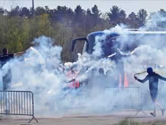 Ook bij Racing Genk wuiven uitzinnige fans spelersbus uit voor bekerfinale
