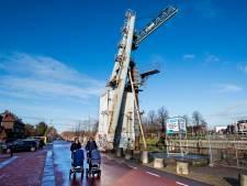 Wijkagent waarschuwt silo-springers Kanaalweg: 'Levensgevaarlijk'
