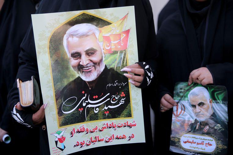 Een portret van de vermoorde Iraanse generaal Qassem Soleimani. Beeld VIA REUTERS