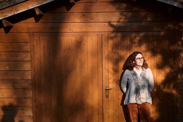 Anne-Mieke Vandamme: 'Het wordt een jojo-beweging waarbij de regels verstrakken en versoepelen naargelang het aantal sterfgevallen, maar ook naargelang ons gedrag.' Beeld Thomas Sweertvaegher