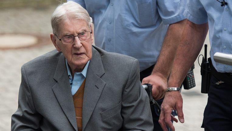 Reinhold Hanning bij de rechtbank. Beeld epa