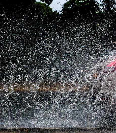 Noodpompen tegen wateroverlast in Noord-Holland
